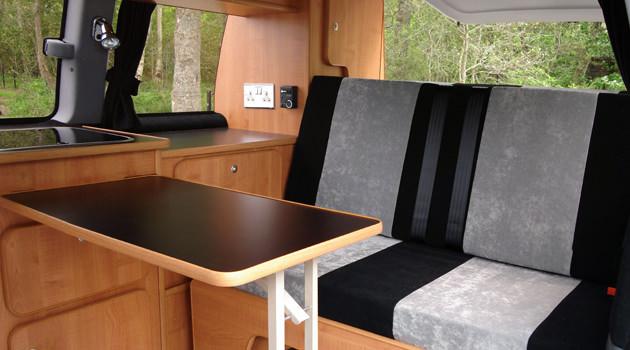 Compact Campervan – 2+2 Berth3