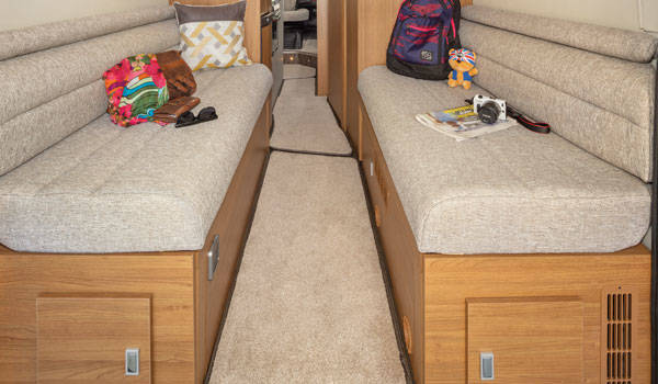 Luxury Campervan – 2 or 4 Berth (Automatic)3