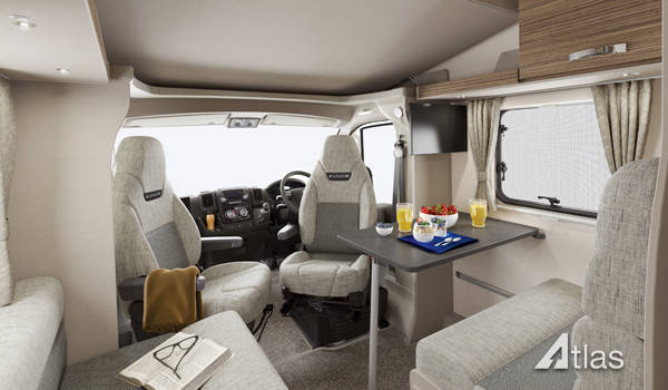 Premier Motorhome : 2-4 berth with fixed bed (Automatic)2