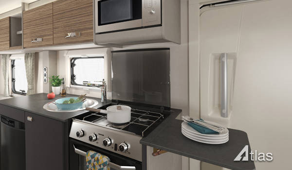 Premier Motorhome : 2-4 berth with fixed bed (Automatic)5