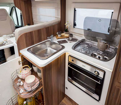 Premier Motorhome : 2-4 berth with fixed bed5
