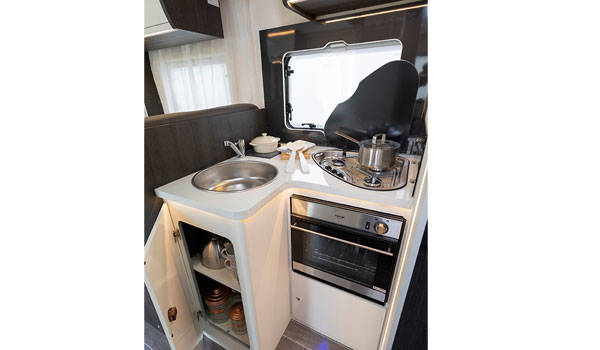 Premier Motorhome 2-5 Berth with Master Bedroom (Automatic)7